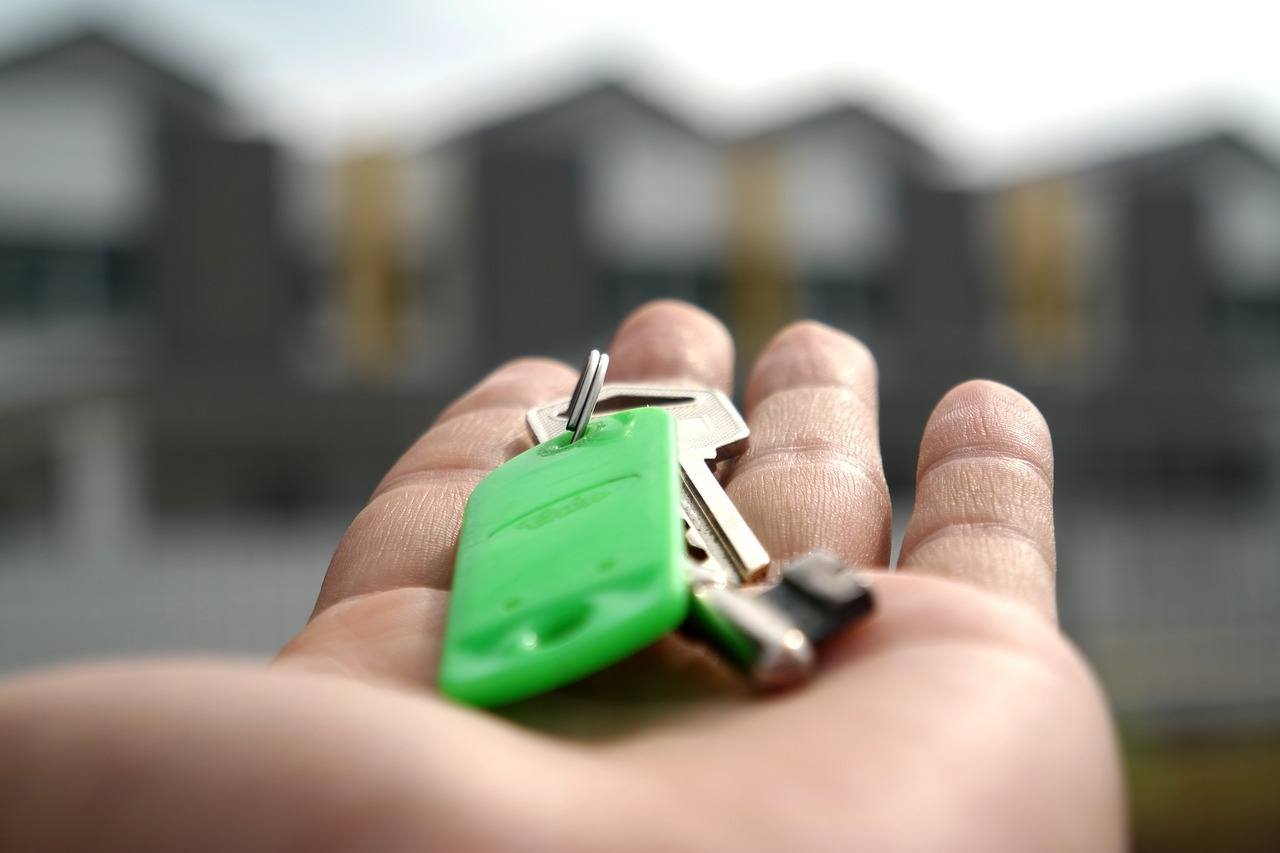 Top 5 Things to Ask When Hiring a Property Manager